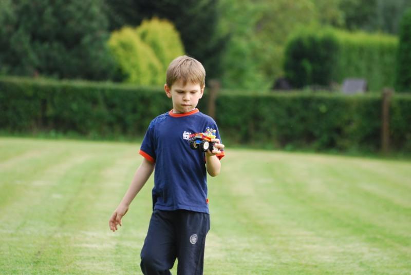 obrazek chłopczyk